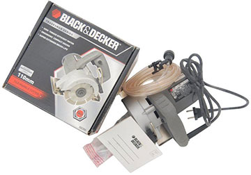 110MM Máy cắt gạch Black and Decker KTM110